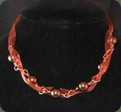 brown rib and pearls