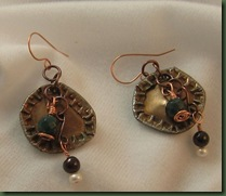 bottle cap earrings2